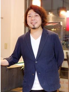 横田 逸人